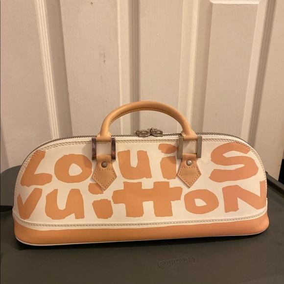 Louis Vuitton Handbags - Authentic Louis Vuitton graffiti Alma long beige